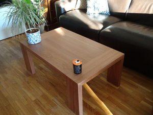 Réalisation sur mesure d'une table basse en bois massif